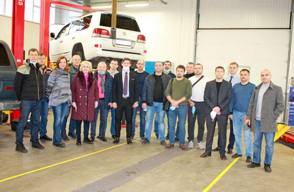 В Красноярске успешно прошел форум «Эффективный Автосервис. Малярно-кузовной ремонт»