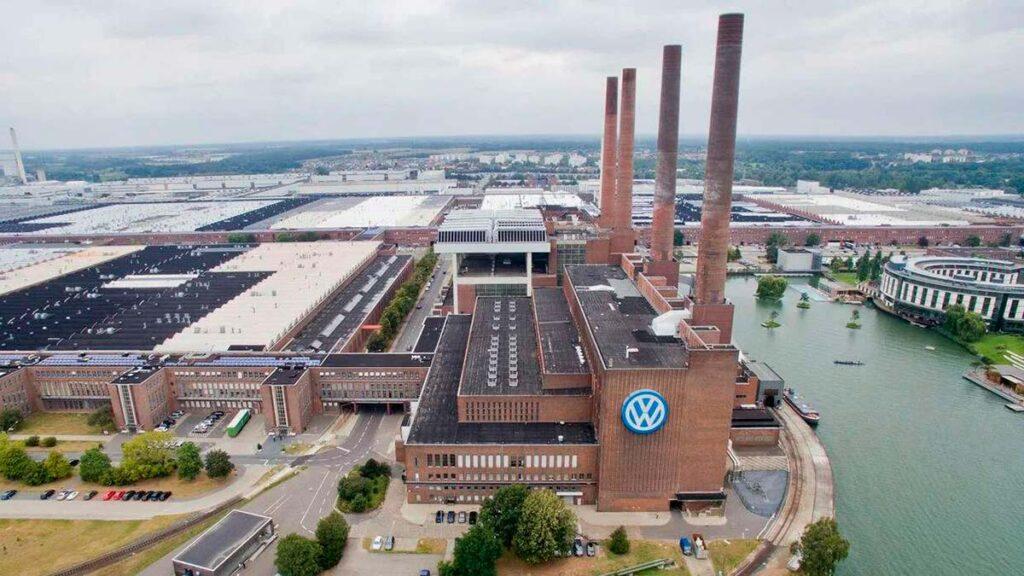 Предприятие Фольскваген в Вольфсбурге.
