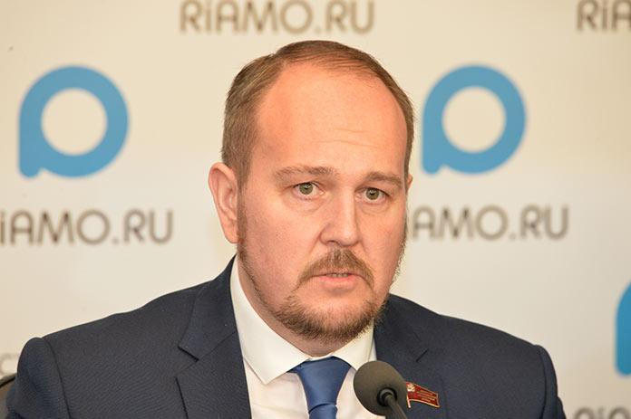Председатель комитета Московской областной думы по транспортной инфраструктуре, связи и информатизации Олег Григорьев
