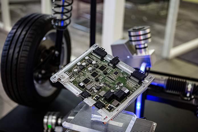 Технология Space Drive является ключом к автономному вождению и уже доказала свою эффективность, пройдя по дорогам более миллиарда километров.