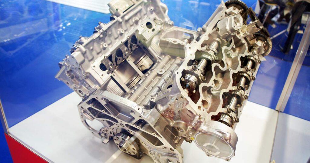 Если в чистый двигатель залить высококачественное масло, все будет хорошо? Да, если не заправляться «бодяжным» топливом