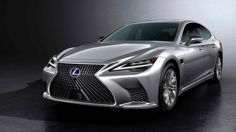 Первым автомобилем, оборудованным системой DENSO Advanced Drive, стал Lexus LS